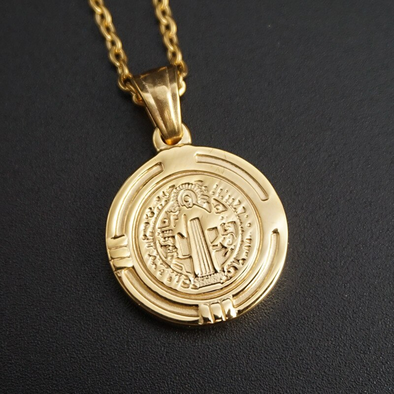 New Arrive Saint Benedict Holy Necklace Pendant Medal Gold Color For Men Stainless Steel Fashion Christian Jewelry Gift Badge